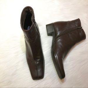 EUC Sesto Meucci Dark Brown Ankle Booties 9M